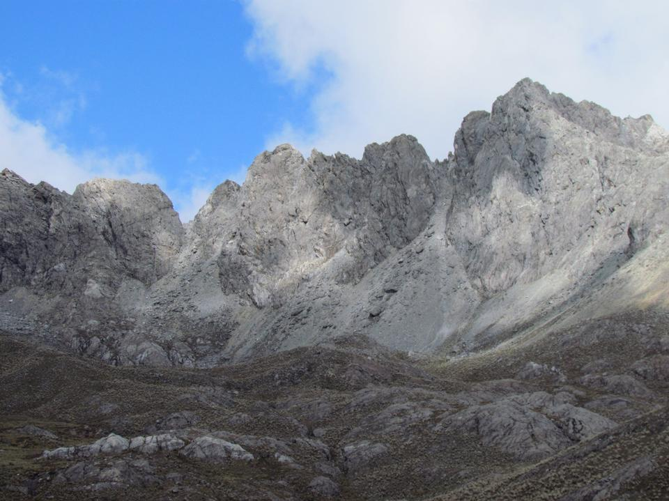Free Agustín Codazzi Peak from Morrenas in El Suero Lagoon