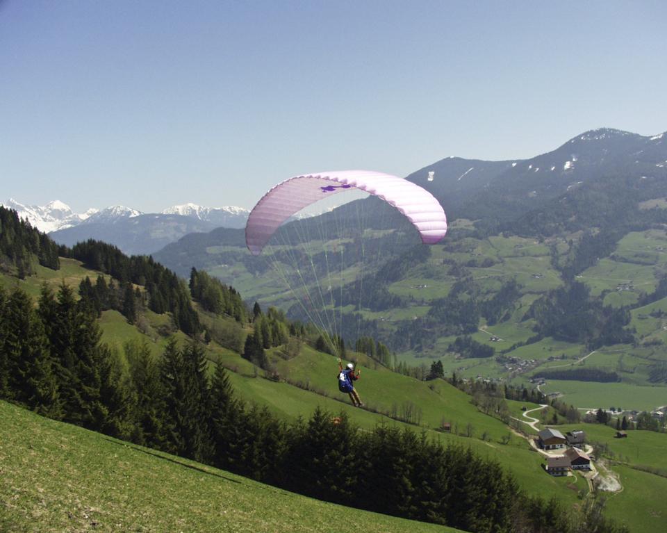 Free Outdoor Paraglider