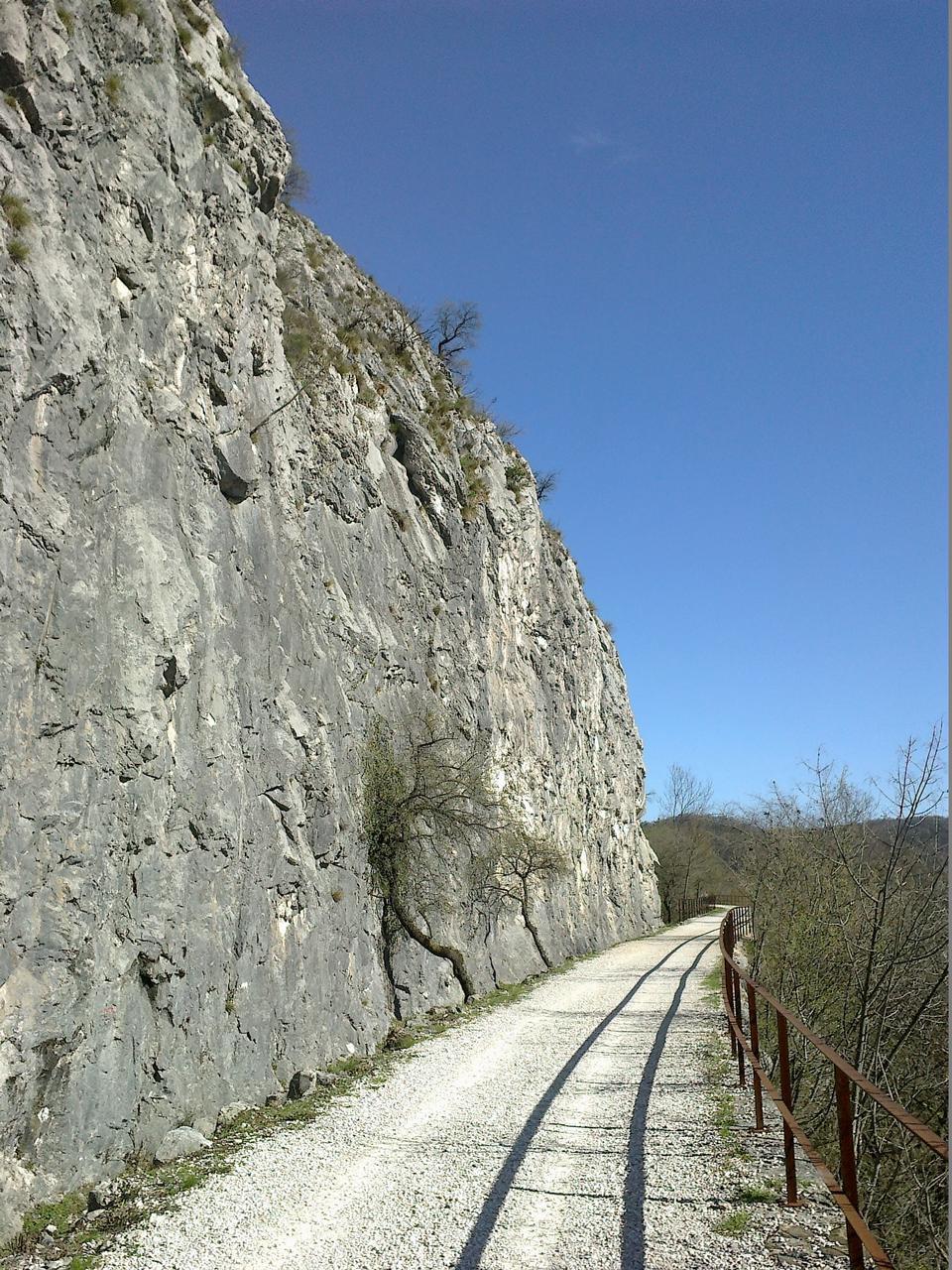 Free former railway track Kozina-Trieste