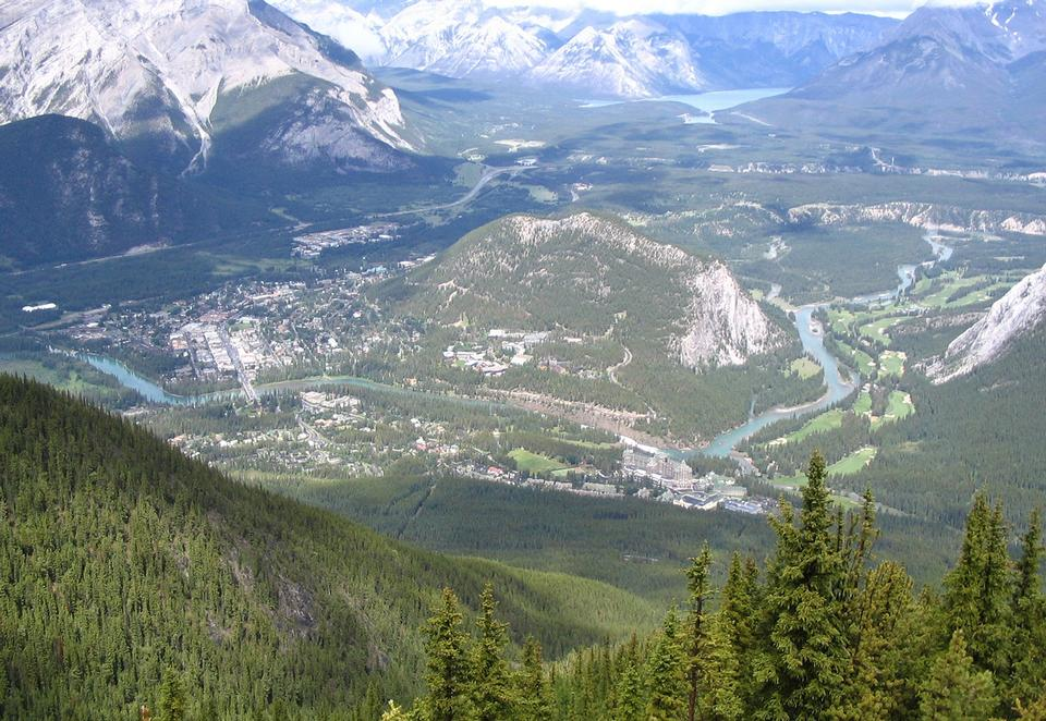 Free Photos: Sulphur Mountain in Canada | publicdomain