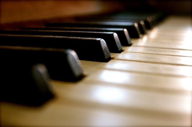 Free Photos: Piano keys music instrument old sound black | weinstock