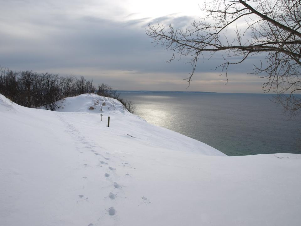 Free Lake Michigan Overlook in the Winter