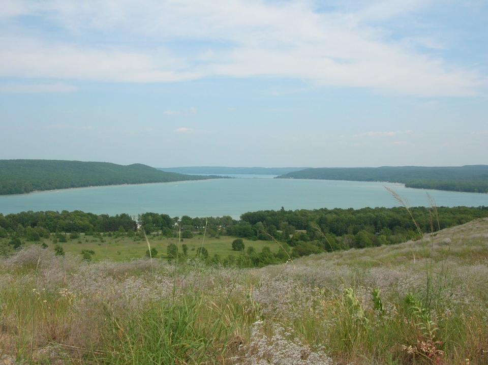 Free Glen Lake from the Cottonwood Trail