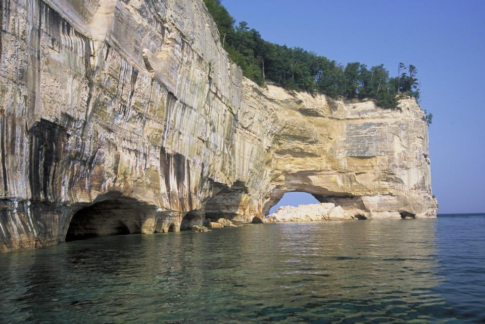 Free Grand Portal Point along the Pictured Rocks