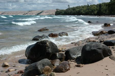 Free Twelvemile Beach