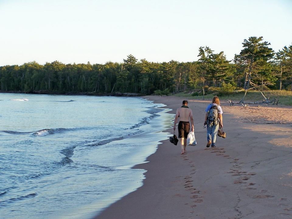 Free Hiking on Julian Bay