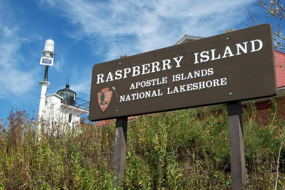 Free This sign Raspberry Island