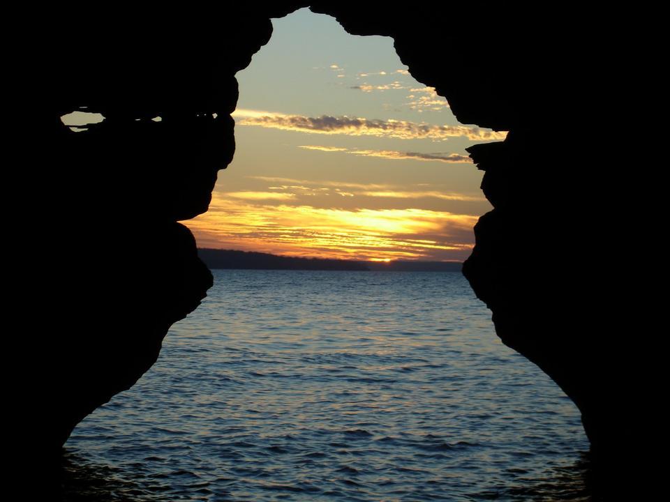 Free Sunset through the Keyhole
