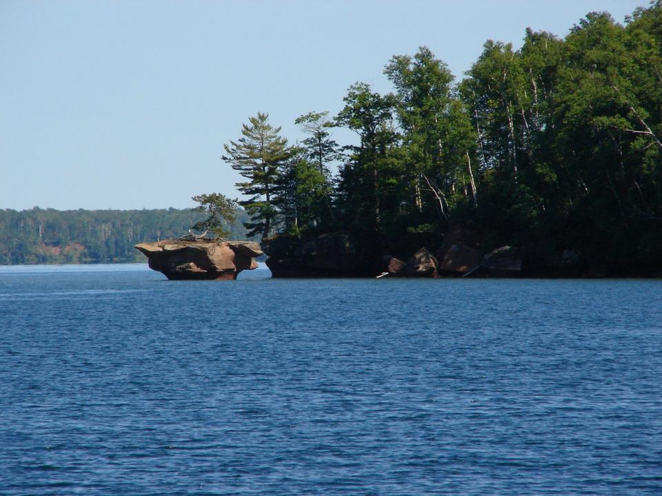 Free Honeymoon Rock Apostle Islands National Lakeshore