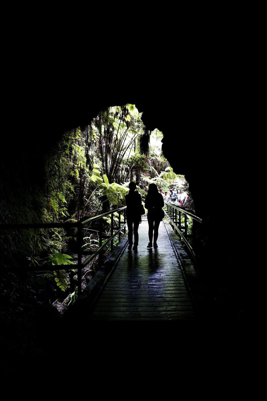 Free Entering Nahuku - Thurston Lava Tube