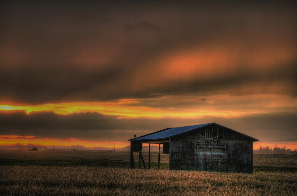 Free Sunset field and farmhouse inAlberta Canada