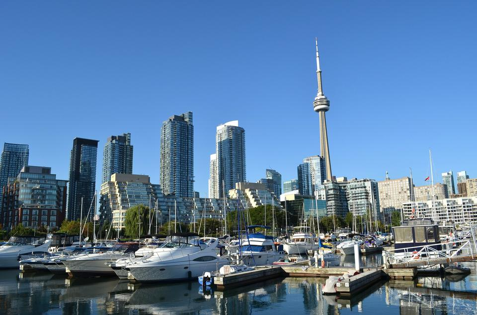 Free Photos: Toronto skyline with urban skyscrapers | publicdomain