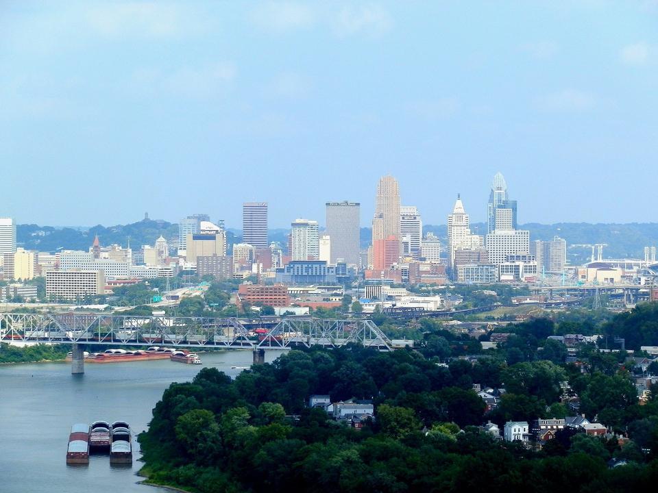 Free Cityscape of Cincinnati Ohio