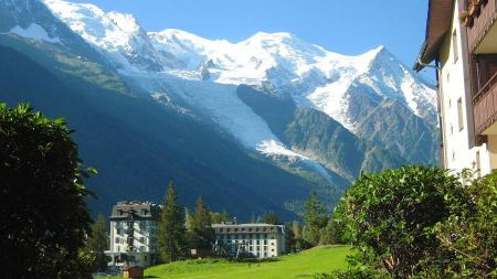 Free Mont Blanc and the Aiguille Noire