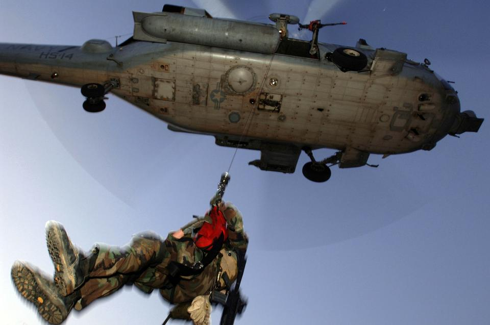 Free US Navy Helicopter Rescue Demonstration Flight
