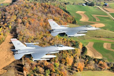 Free Two F-16 Fighters in Wisconsin