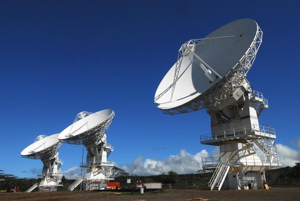 Free Large Array satellite dishes