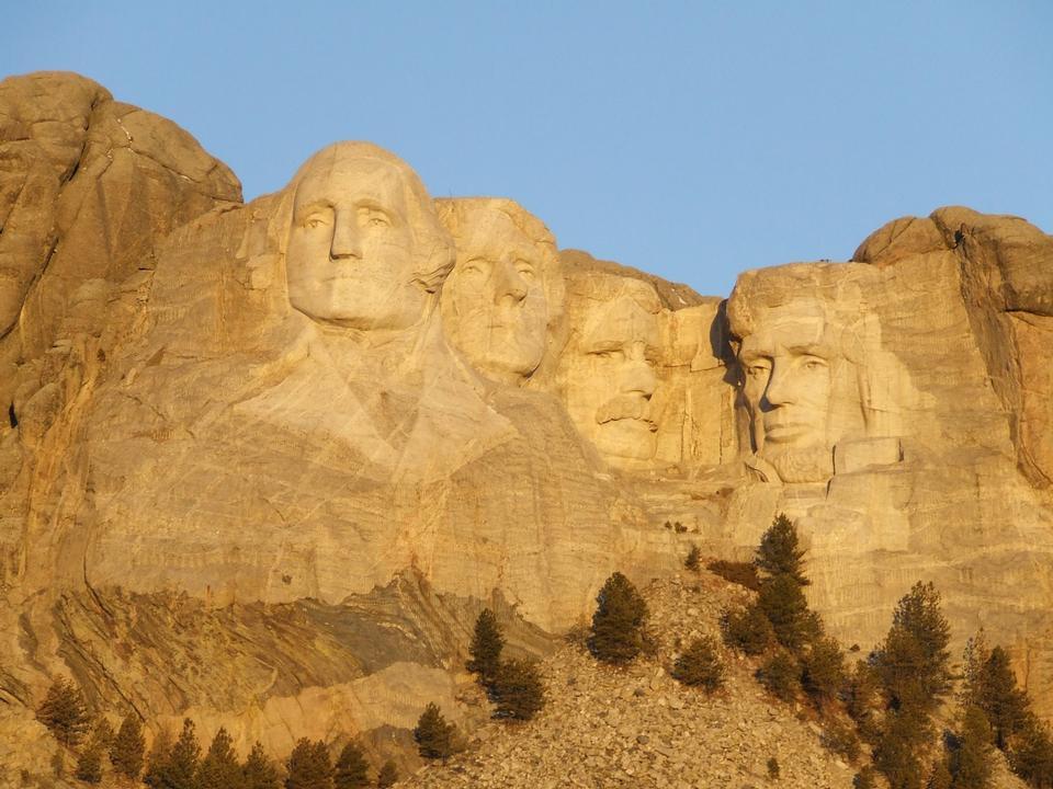Free Mount Rushmore Landscape