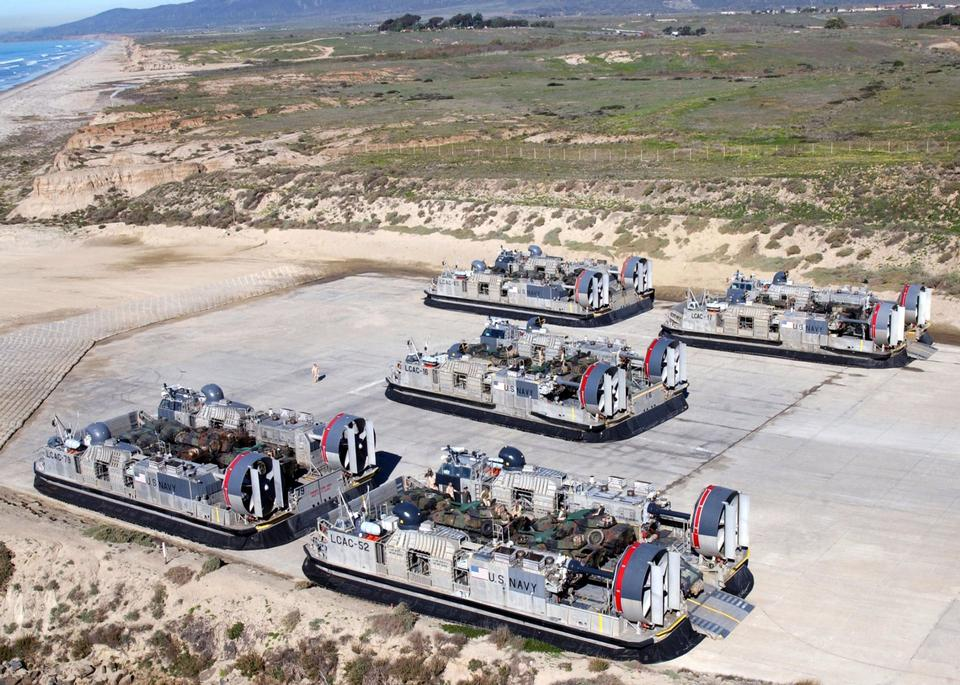 Free Landing Craft Air Cushion - LCAC vehicles