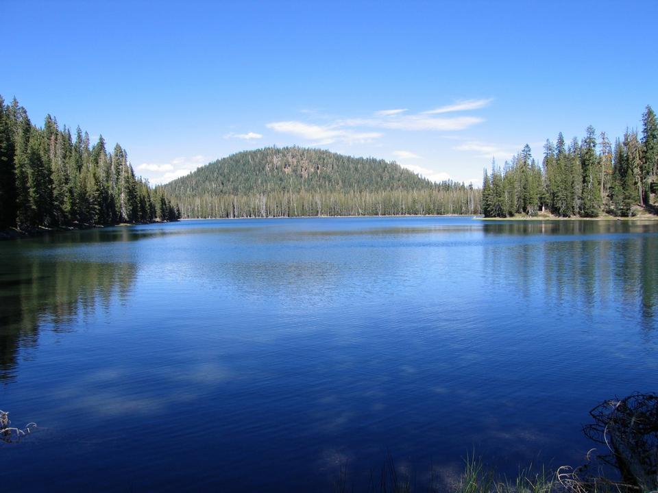 Free Upper Twin Lake Lassen Volcanic National Park