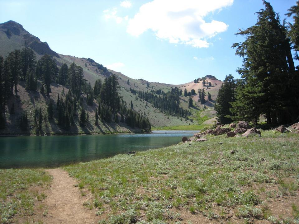 Free Ridge Lakes Lassen Volcanic National Park