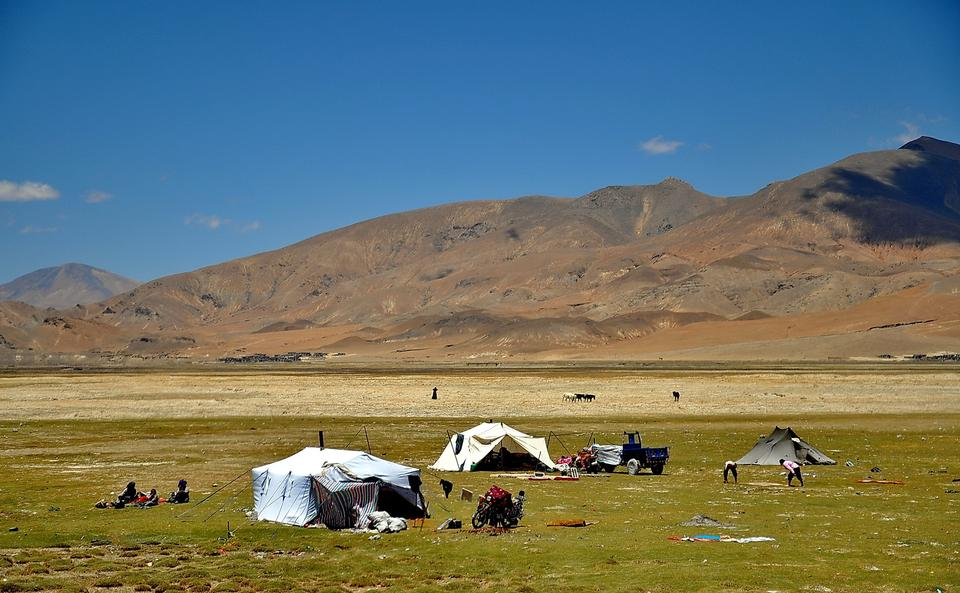 Free Nomad tent, home of nomad people in Tibet