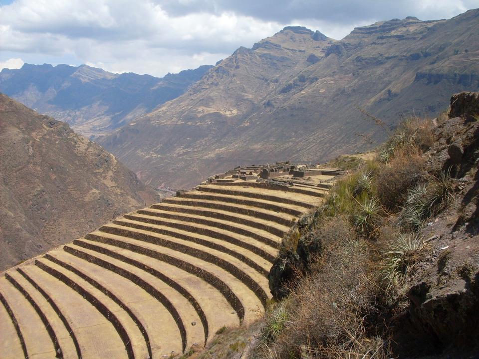 Free Mountain landscape in Cordiliera Huayhuash, Peru