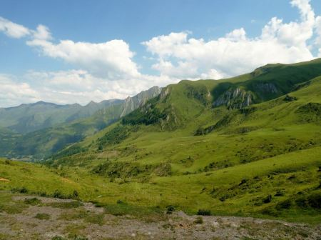 Free Green mountain