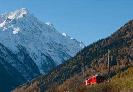 Free Red train from Tirano to the Switzerland