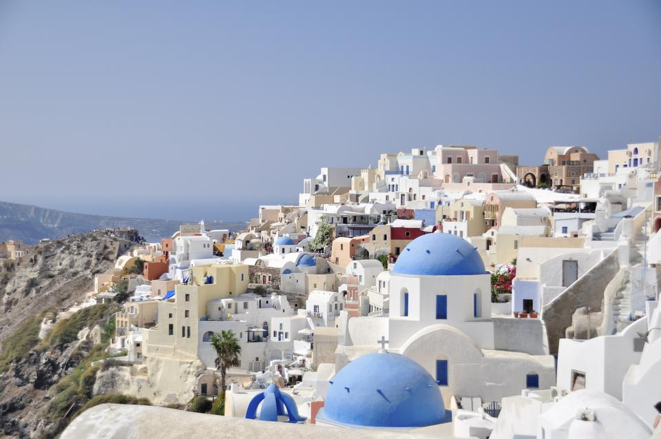 Free White architecture of Oia village on Santorini island, Greece