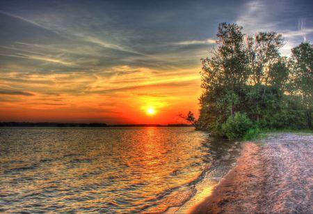 Free Sunset lake