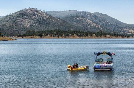 Free New Hogan Lake of Sierra Nevada California