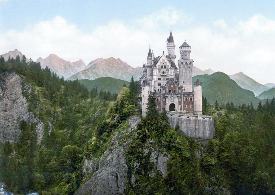 Free Neuschwanstein Castle, Bavaria, Germany