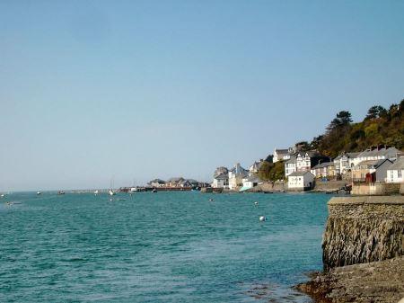Free Aberdyfi is a small seaside resort