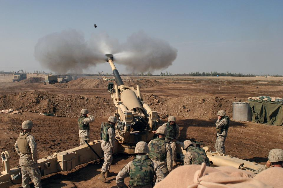 Free An M-198 155mm Howitzer of the US Marines firing