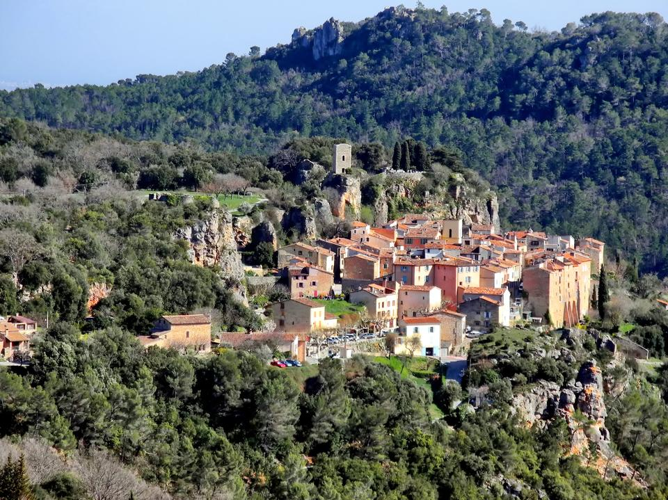 Free Chateaudouble a hilltop village in Provence, France