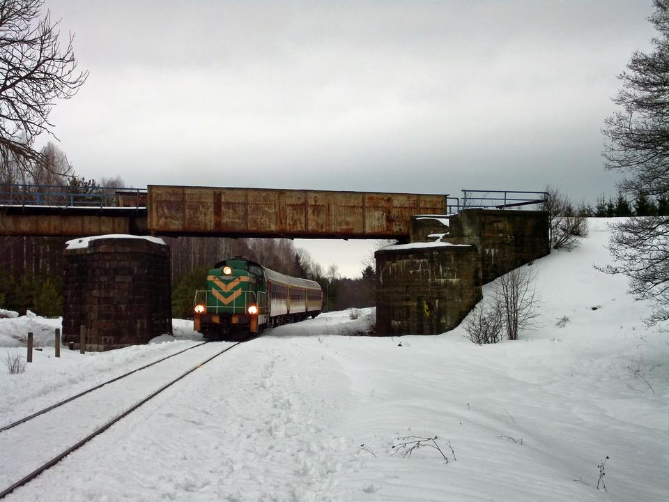 Free A train on snow covered tracks