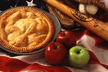 Free An American Pie Display With Apples