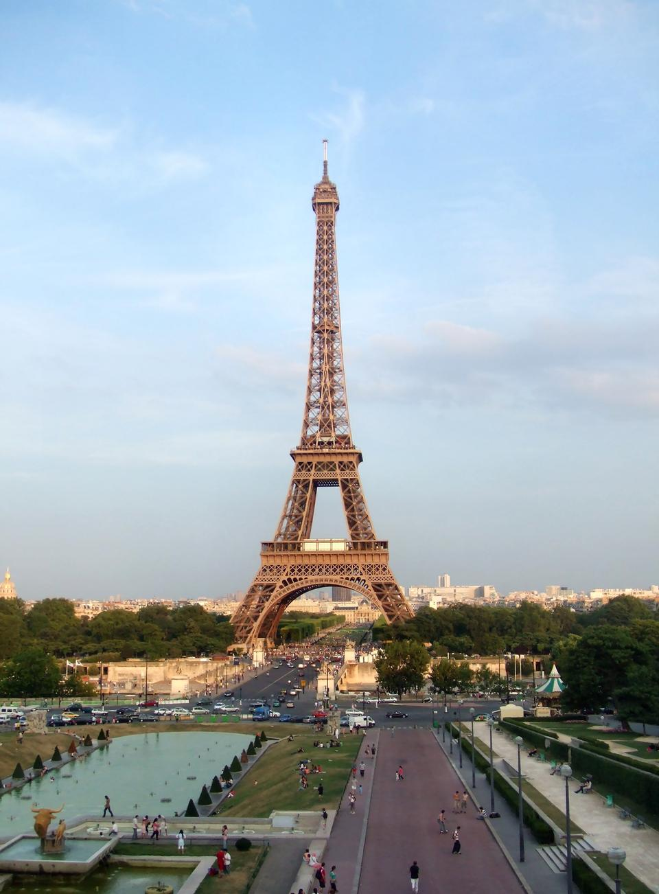 Free The Eiffel Tower