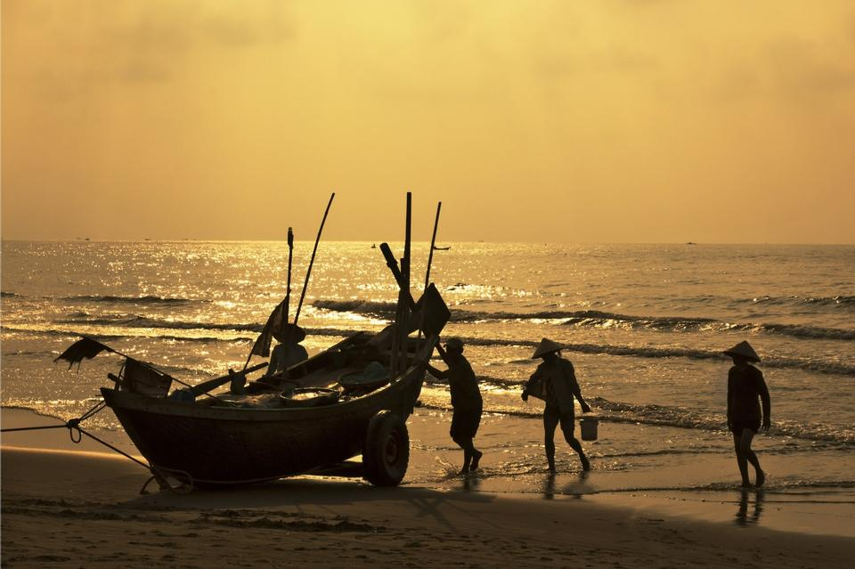 Free Fishermen is finish a day of fishing