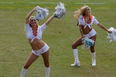 Free Two Miami Dolphins Cheerleaders