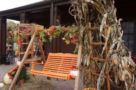 Free Wooden Garden Swing Seat