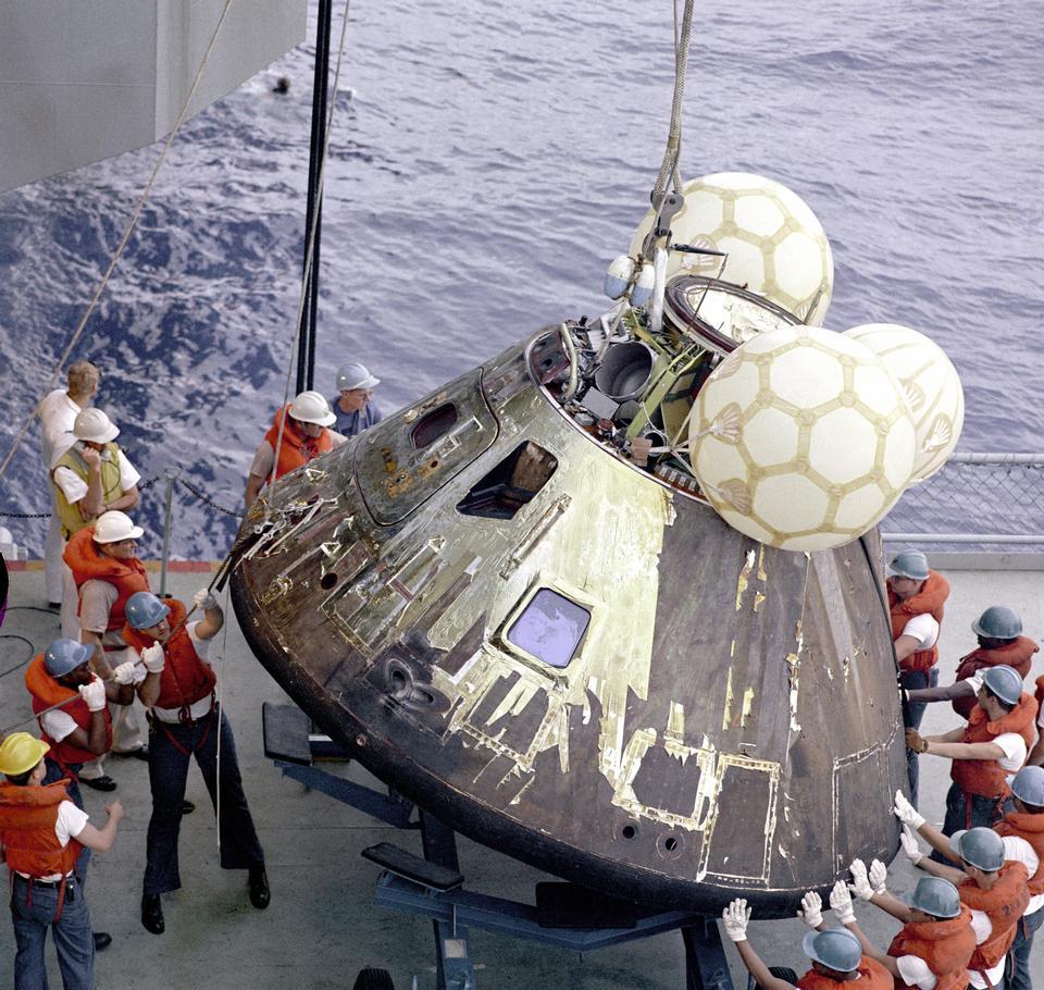Free Apollo 13 Landing Module