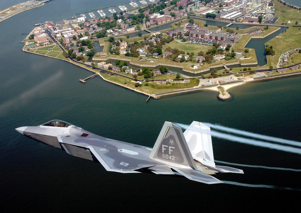 Free F-22A Raptor Flying Over Fort Monroe