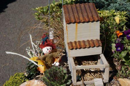Free Halloween scarecrow