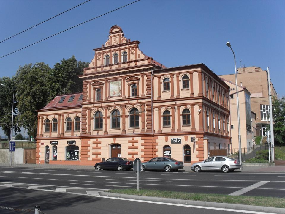 Free Social House - Workers House Ritterburg Czech