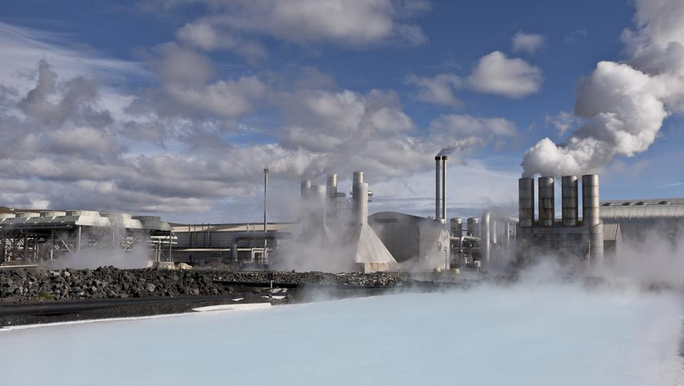 Free Geothermal power plant