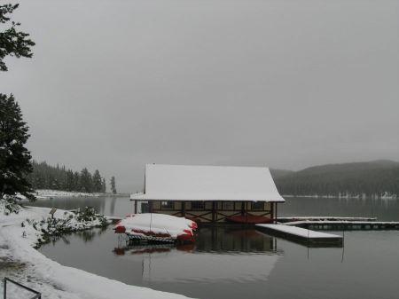 Free Maligne Lake Fishing, Hiking and Boat Tours