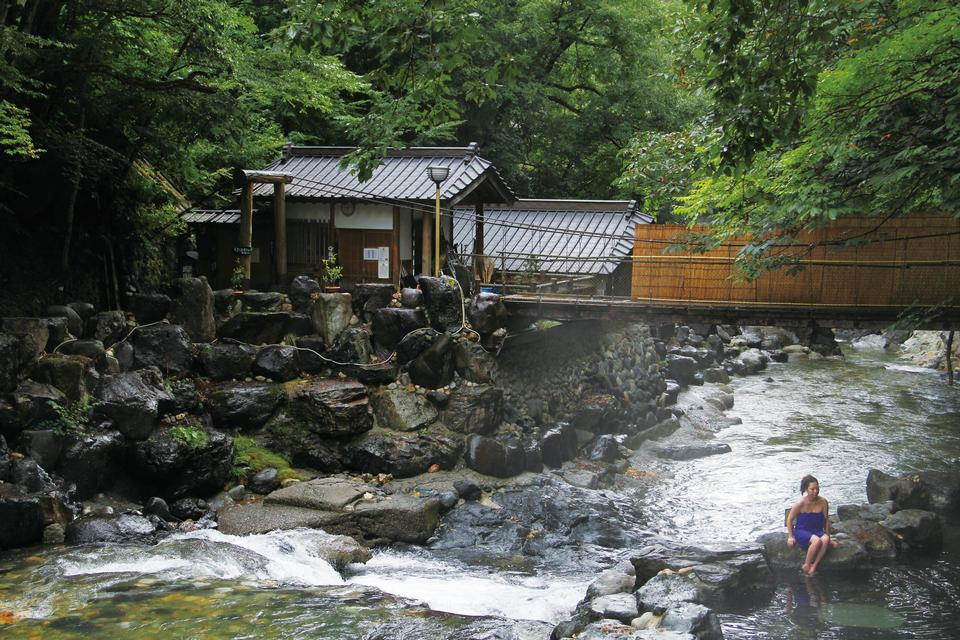 Free Minakami Travel Hot Spring Baths