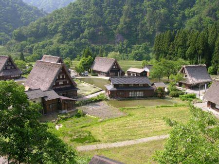 Free Historic Villages of  Gokayama In Japan